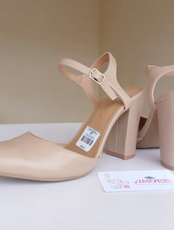 Nude matte sling back heel