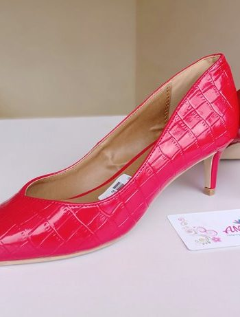 Red kitty heel