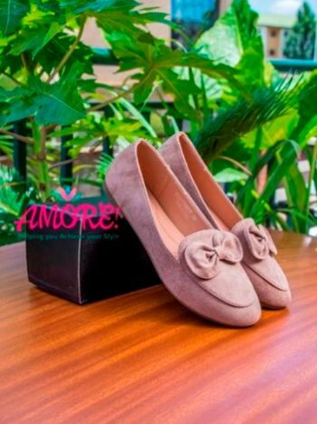 Khaki doll shoes with buckle