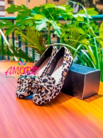 Light animal print doll shoes with buckle