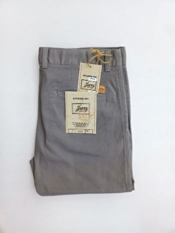 Light grey chino pant
