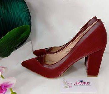 Maroon chunky heel