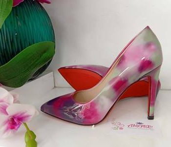 Pinkish marble heel