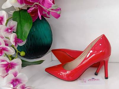 Red court heel
